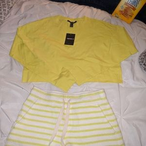Crop long sleeve and shorts size xs, small